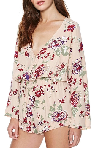romper flora floral fall outfits jumpsuit long sleeves flowers roses tan off-white v neck
