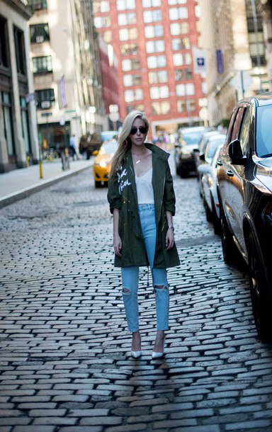 yael steren blogger jacket tank top jeans shoes jewels sunglasses make-up nail polish green jacket long sleeves white top ripped jeans high waisted jeans white heels aviator sunglasses lace top