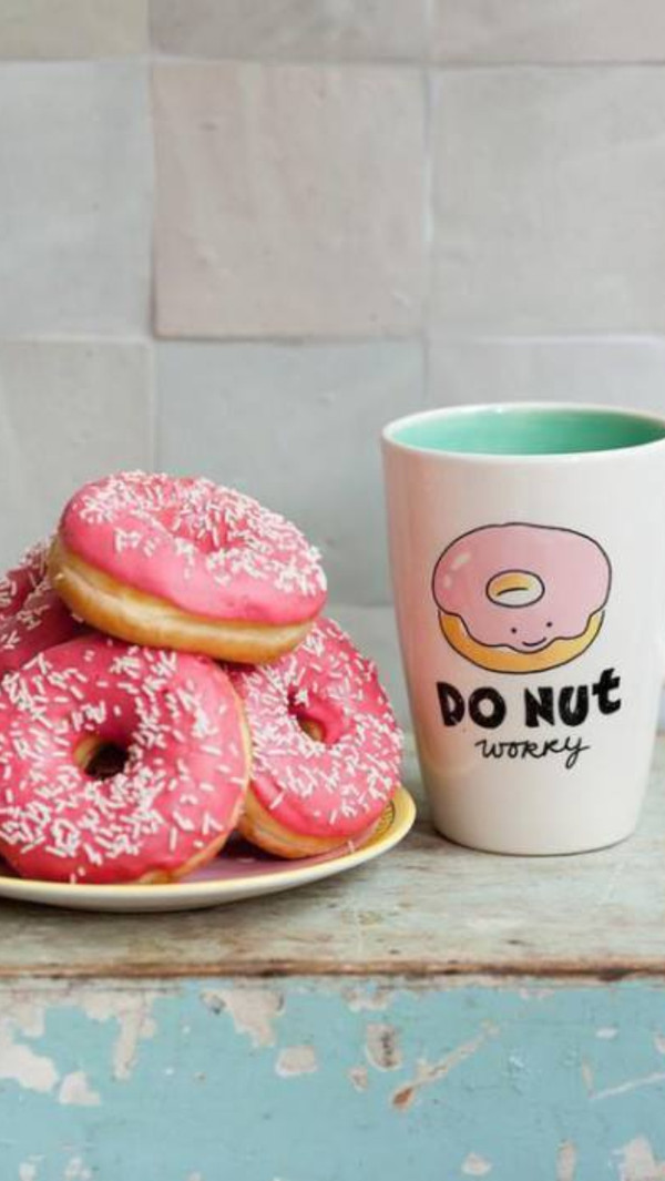 jewels tasse donut roses series movies brands blogger igers instagram twitter donut pink america summer skirt worry pretty mug pastel cup sunglasses t-shirt dont worry cup coffee coffee breakfast bag socks home accessory quote on it cute kawaii donut worry tumblr quote on it mug new years resolution
