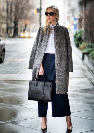 yael steren blogger sunglasses grey coat white shirt navy pants saint laurent black leather bag nude heels