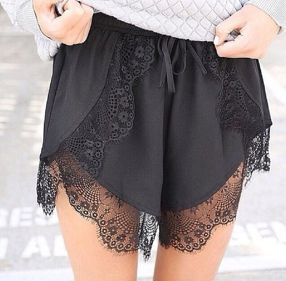 lace shorts black