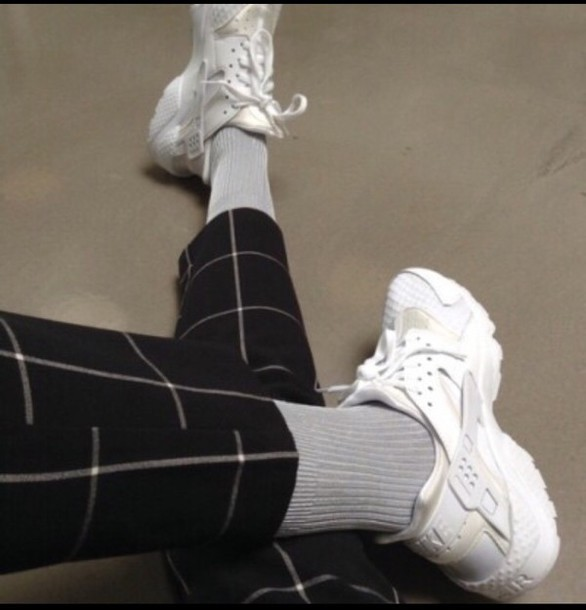 checkered socks nike shoes nike white black