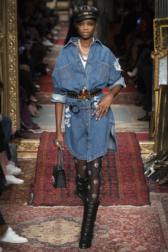 dress denim dress tights moschino fashion week 2016 milan fashion week 2016 hat purse