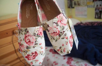 shoes toms roses