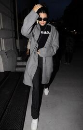 coat,fall outfits,pants,kendall jenner,streetstyle,model off-duty