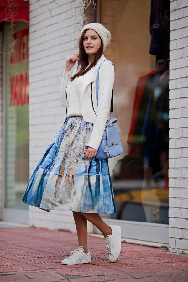 the bow-tie blogger midi skirt white sneakers blazer shoulder bag knitted beanie blue bag sweater jacket skirt dress bag hat