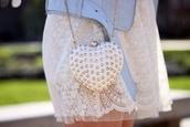 bag,purse,white,studs,gold,gold chain,beautiful,dress