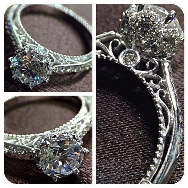 jewels chic style fashion