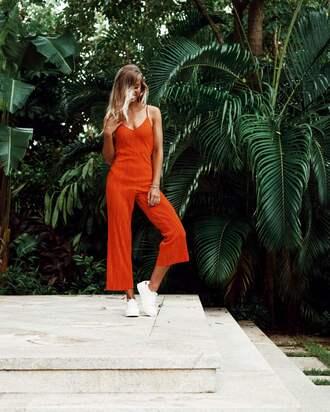 lisa olsson blogger jumpsuit shoes red jumpsuits sneakers tumblr cropped jumpsuit orange orange jumpsuit low top sneakers white sneakers ombre hair