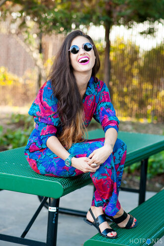 jumpsuit floral jumpsuit sandals black sandals summer outfits office outfits sunglasses round sunglasses