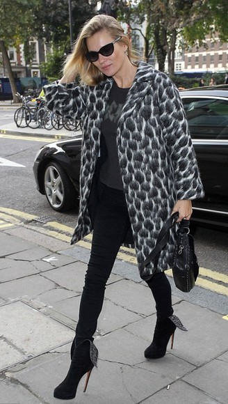 kate moss coat fall outfits animal print