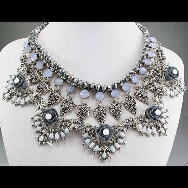 jewels metal silver silver metallic necklace necklace jewelry trendy look