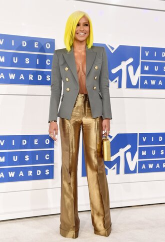 pants vma cassie ventura gold pants wide-leg pants high waisted pants blazer grey blazer military style body chain yellow hair clutch metallic clutch gold clutch