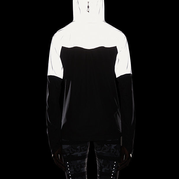 f8b3186241f9 Nike Women s Shieldrunner 3M Flash Running Jacket XL Black ...