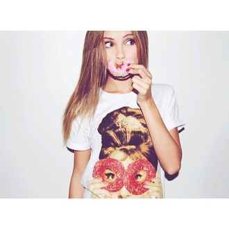donut cute shirt t-shirt t shirt print cute sarah ellen girly tshirt girly easter printed t-shirt