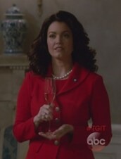 jacket,red,blazer,scandal,mellie grant,bellamy young