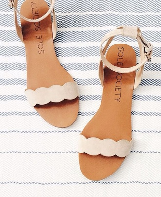 shoes flat sandals nude