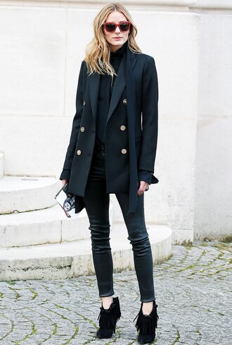 shoes black turtleneck top black button coat skinny jeans fringed ankle boots blogger sunglasses