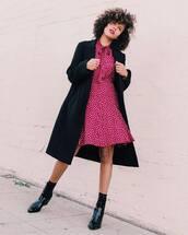 dress,midi dress,silk dress,long sleeve dress,printed dress,black boots,ankle boots,coat,black coat,wool coat