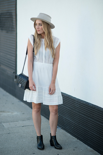 dress eyelet dress white dress short dress romantic summer dress romantic dress summer dress bag shoulder bag black bag chanel boy chanel chanel bag boots black boots flat boots ankle boots hat eyelet detail