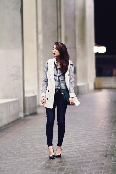 clothes to midnight blogger shirt sweater jacket jeans belt bag