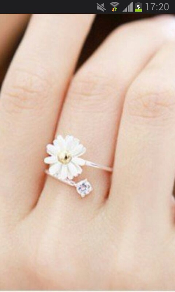 jewels jewels ring flowers diamonds gold ring nice white flower special diamonds bow ring gold ring white flowers daisy knuckle ring cute