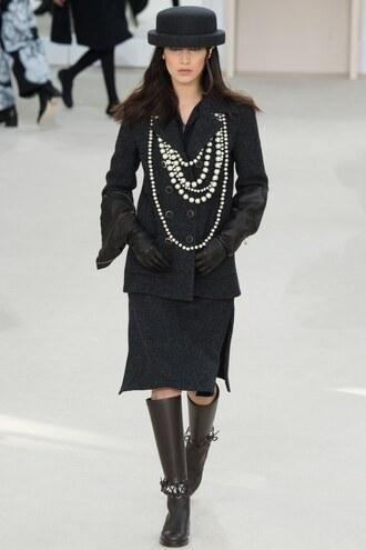 necklace hat bella hadid chanel fashion week 2016 paris fashion week 2016 black coat black skirt pencil skirt pearl