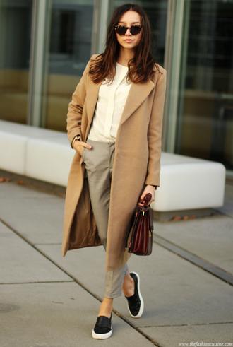 blouse blogger the fashion cuisine sunglasses cropped pants satchel bag camel coat
