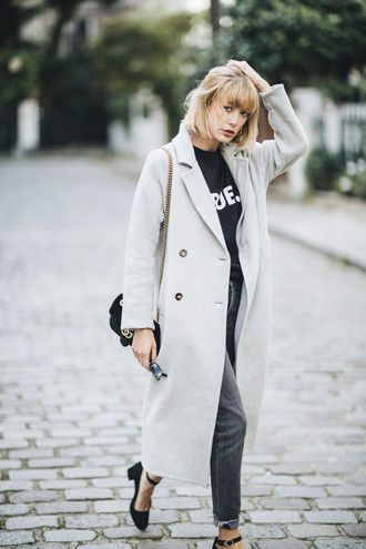 into your closet blogger coat t-shirt shirt bag jeans shoes gucci gucci bag grey coat pumps grey pants fall outfits