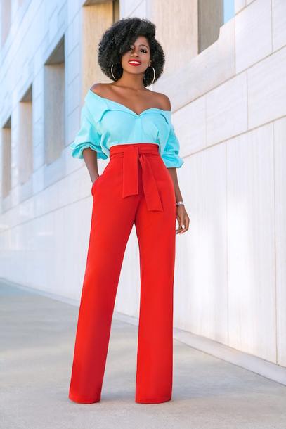 blogger jacket shirt jeans t-shirt pants dress skirt red pants blue shirt