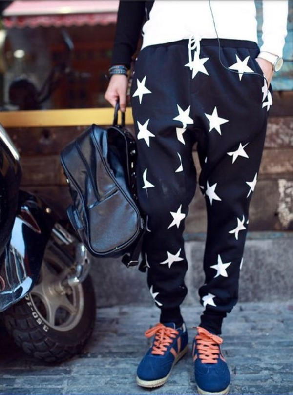 pants joggers star joggers harem shorts girl guys colorful blue black stars dress prom dress white spring fall outfits dope fashion style menswear mens pants hipster menswear mens sweatpants thugave shirt t-shirt short high waisted twitter instagram