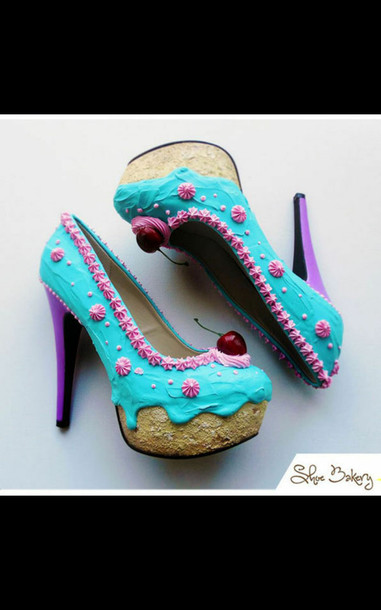 cup cakes shoes shoes food cake cherry