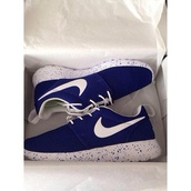 shoes,blue,white,marble,paint spatter,nike roshe run,navy,navy blue shoes,white tick,white sole with blue dots,white laces,trainers,roshe runs,nike running shoes,blue roshe runs,nike,blue shoes,nike shoes womens roshe runs,sportswear,nike shoes,nike air,nike free run,nike sneakers
