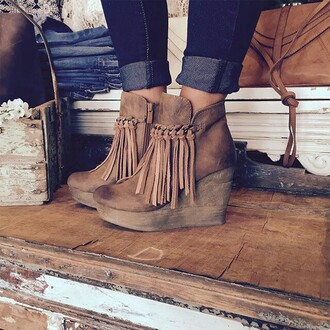 shoes heels platform shoes brown leather boots booties brown booties bag fall booties