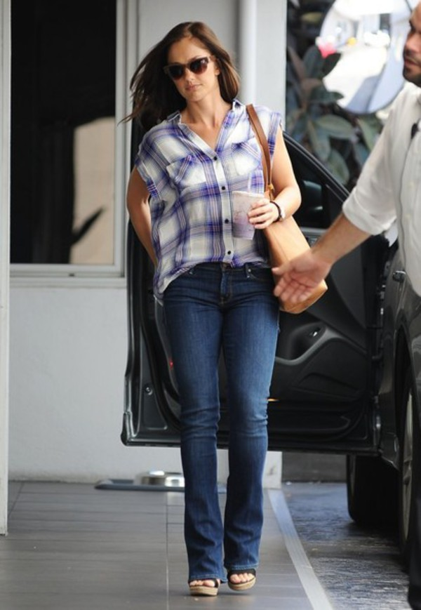 shirt jeans sunglasses minka kelly