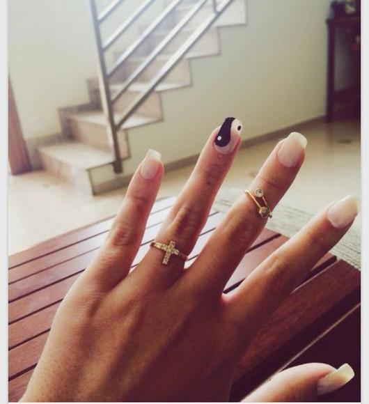 ring nail polish nail art