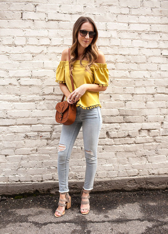 twenties girl style blogger top shoes jewels sunglasses bag tank top jacket jeans yellow top off the shoulder top shoulder bag sandals skinny jeans spring outfits