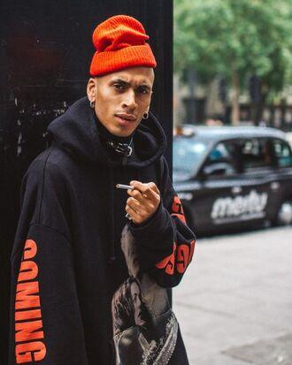 sweater streetstyle streetwear menswear urban mens hoodie mens sweater street london fashion week 2017 hoodie black hoodie black sweater beanie rapper gangsta smoke ootd city outfits boy