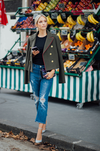 the fashion guitar blogger t-shirt jeans shoes bag army green jacket clutch mini bag cropped jeans high heel pumps