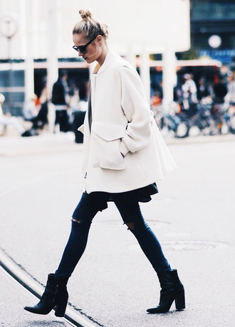 coat white coat jacket winter jacket white winter outfits winter coat long coat oversized coat black jeans black boots ankle boots streetstyle jeans