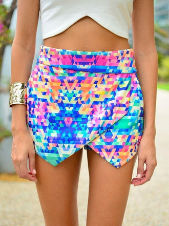 skirt color/pattern pattern irregular skirt shorts shirt rainbow colour skort diamonds geometric pink blue print multicolored skort colorful hipster envelope clutch envelope skirt multi colored girly edgy triangle pattern desperate yellow mini pointy point shorts