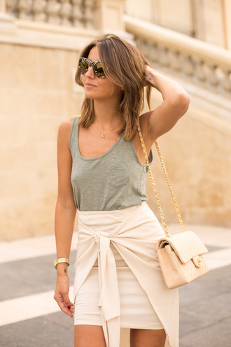 lovely pepa blogger beige skirt grey tank top