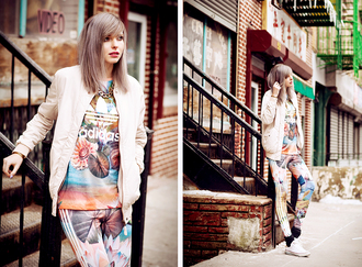 bekleidet blogger adidas joggers bomber jacket printed leggings leggings t-shirt shoes jacket