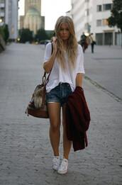 shirt,white t-shirt,bag,bucket bag,aztec,t-shirt,shorts