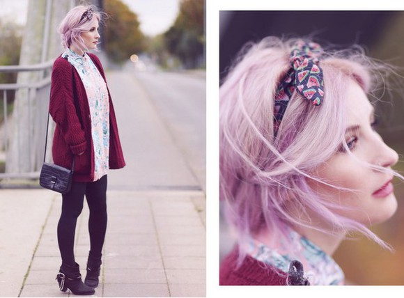 burgundy cardigan black boots blogger bag like a riot blouse hair accessories print
