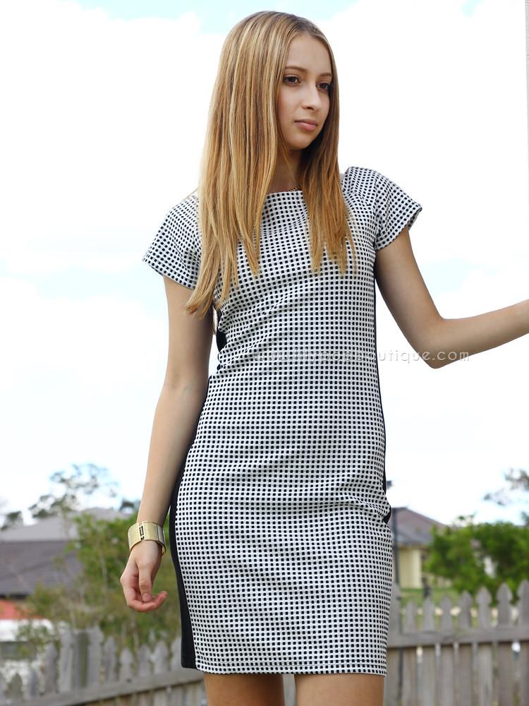 Suddenly famous dress – lilypopboutique