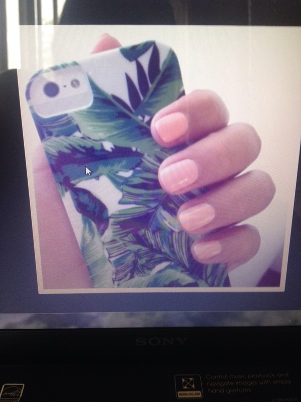 phone cover leaves green and white