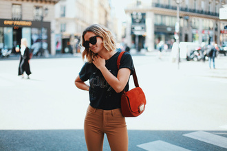blogger adenorah
