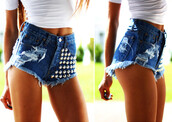 shorts,high waisted,waist,blue,denim,studs,ripped,ripped shorts,distressed denim shorts,shirt,white,t-shirt,short sleeve,sleeves,girl,blonde hair,jeans
