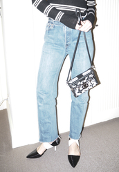 a portable package,blogger,jeans,top,shoes,bag